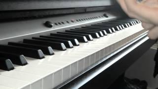 Я играю на фортепиано музыку из фильма звёздные войны