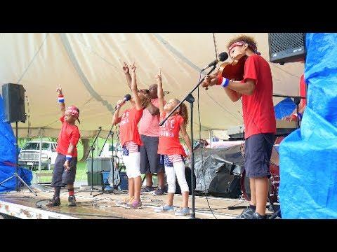 Sunshine Mafia Singin In The Rain On 4th Of July YouTube