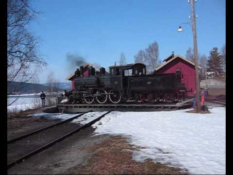 Snowplowing with steam engine at Kroderbanen April 2009 Norway