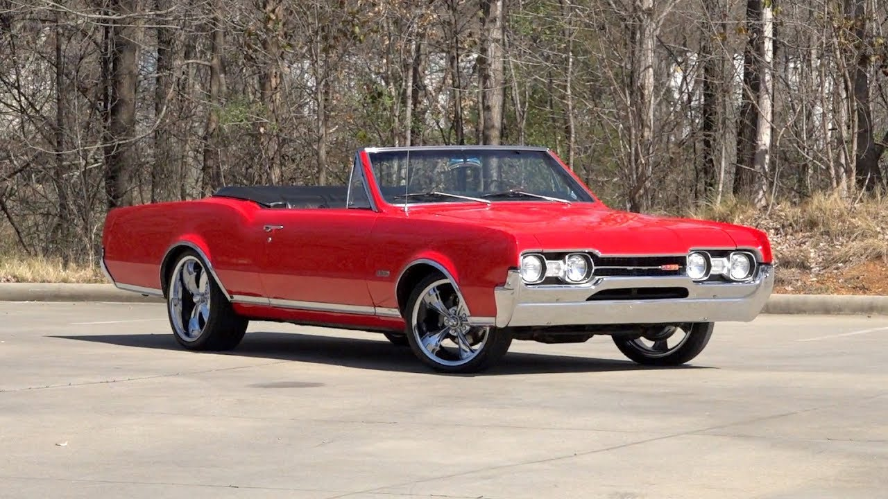 1967 Oldsmobile Cutlass Supreme 442 SOLD / 136359