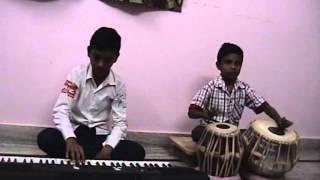 Kumbala manish n deepesh playing dil tadap tadap ke keh raha hai aa bhi jaa song on key board & taba