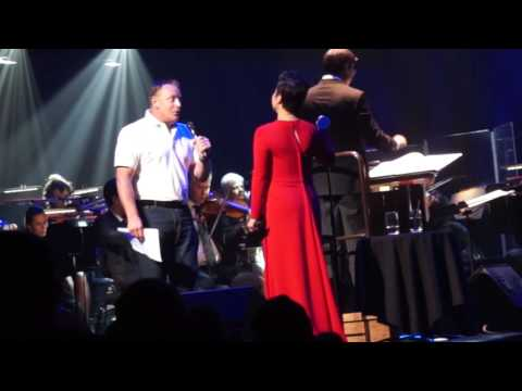 Lea Salonga standing ovation performance of A Whole New World with Glenn Ritchie