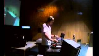 SoundworxTV Archive // Tom Wax // 29-08-2005