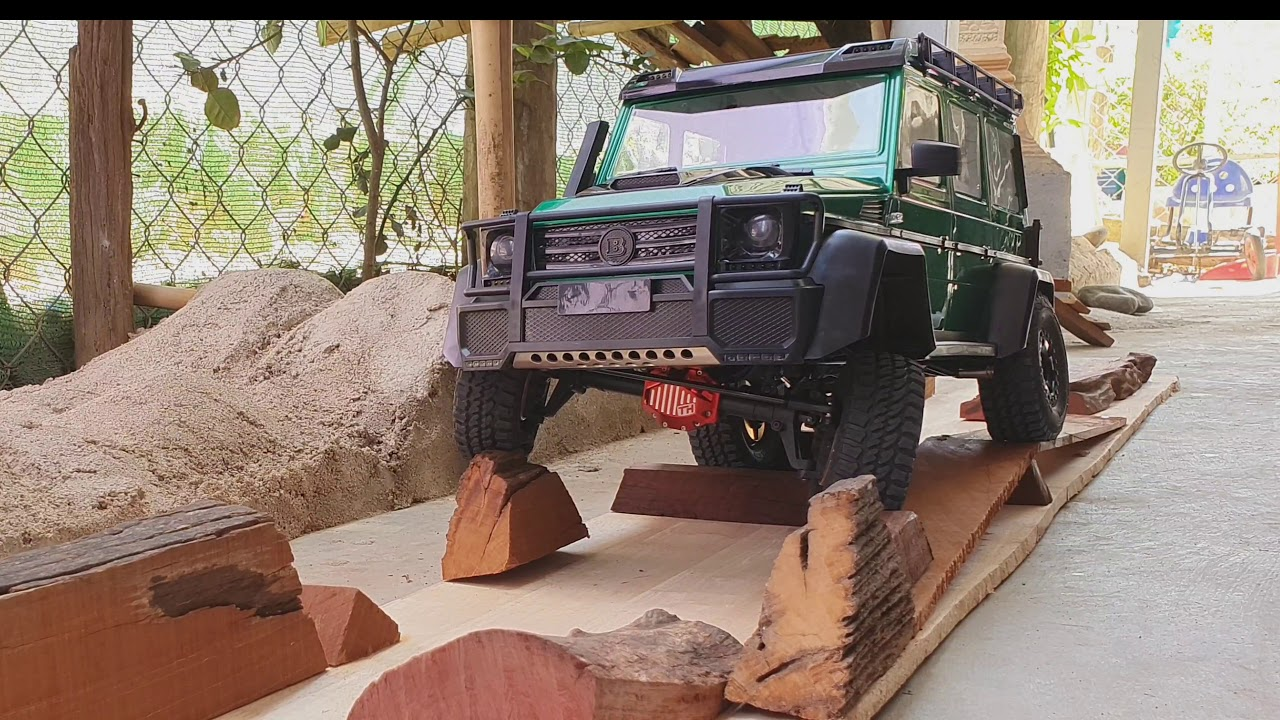 Traction Hobby Mercedes Benz Brabus G550 Green test challenge