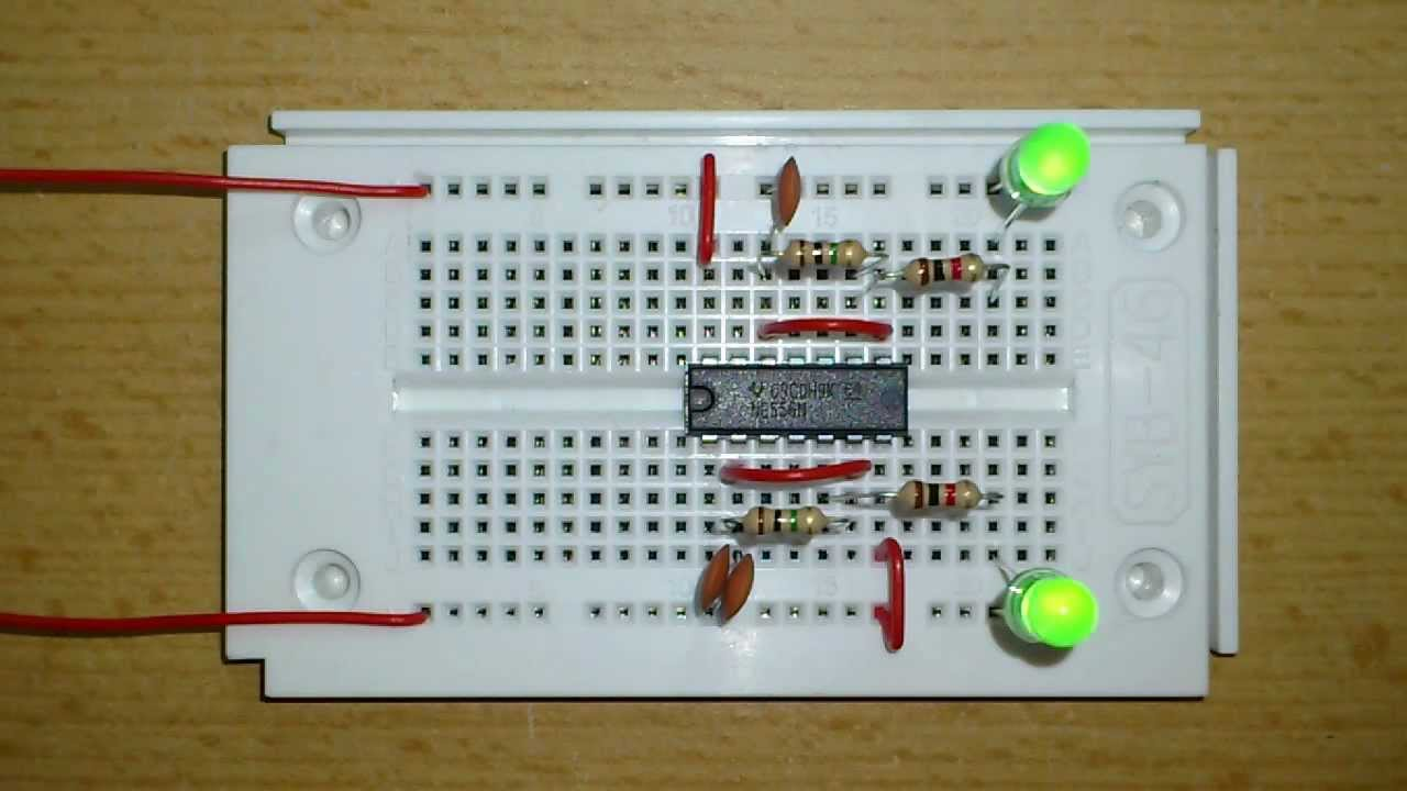 2 Led Blinker Mit Ne556 Youtube Circuit