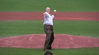 MIN@TOR: Pat Gillick throws out game's first pitch