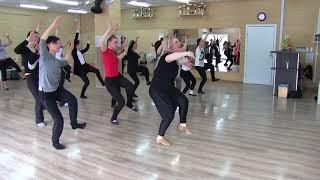 """Танцевальная лаборатория """"Основы современного танца"""""""