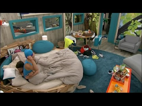 7/22 5:05am - Amber Leaves, Zankie Cuddle Off & On While Talking Game with Cody