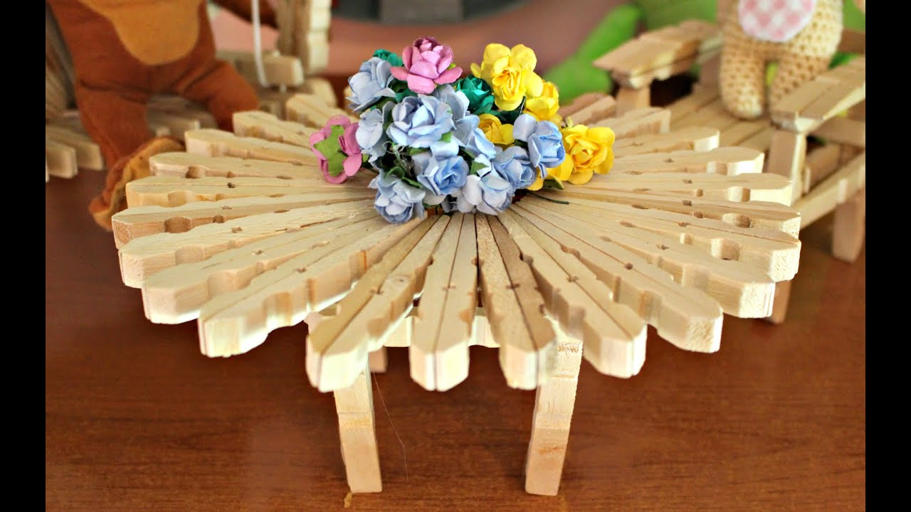 Sedie Fatte Con Mollette Di Legno.Tavolino Con Mollette Diy How To Make A Table With Clothespins