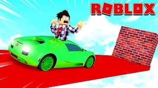 JE DOIS DÉTRUIRE TOUTES LES VOITURES ! | Roblox Car Crash Simulator
