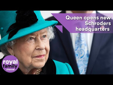 Queen opens new Schroders headquarters in the City of London