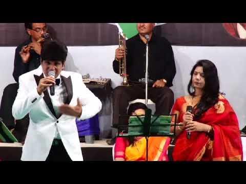 Aake Teri Baahon Mein Har Sham Lage Sindoori Karaoke.mp3