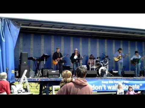 Bizzy Lizzy Blues Band - East Mersea Food Drink & Leisure Festival