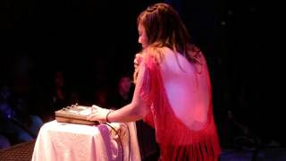 SHIRA - Handlebars (Live)