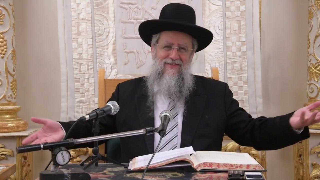 הרב דוד יוסף בעל הלכה ברורה שיעור הילכות דיני תפילת ערב שבת בבית מדרש יחוה דעת