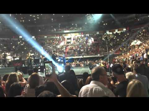 "Marc Anthony -  Intro - ""Valio La Pena"" - American Airlines Arena - Miami - October 3, 2015 - HD"