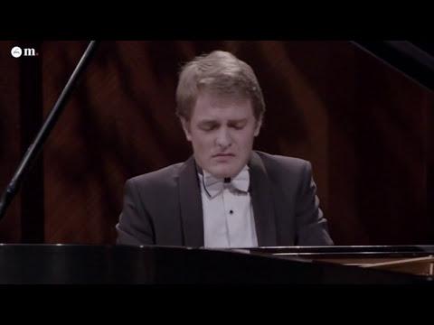 Franz Schubert - Wanderer-fantasie D.760 - performed by Sergey Belyavskiy, piano