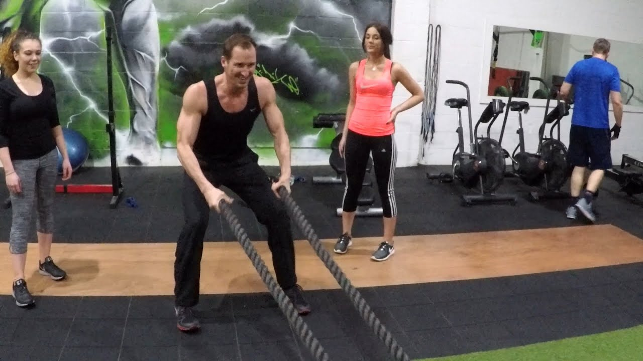 HIIT - Why It's The BEST Cardio For FAT-LOSS! - YouTube
