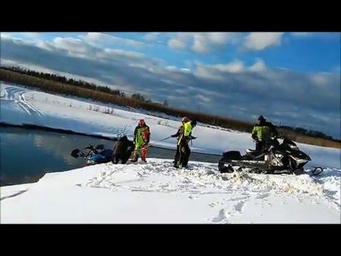 Безопасноая езда на снегоходе Polaris 600 IQ WIDETRAK