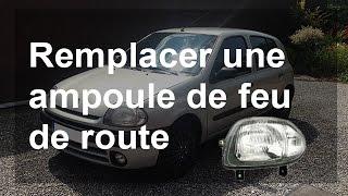 Remplacer une ampoule de feu de position/route - Renault Clio 2