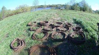 Металлолом на берегу реки. Сотни метров стального троса!