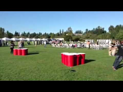68f7c0f6 Very big game of beer pong - YouTube