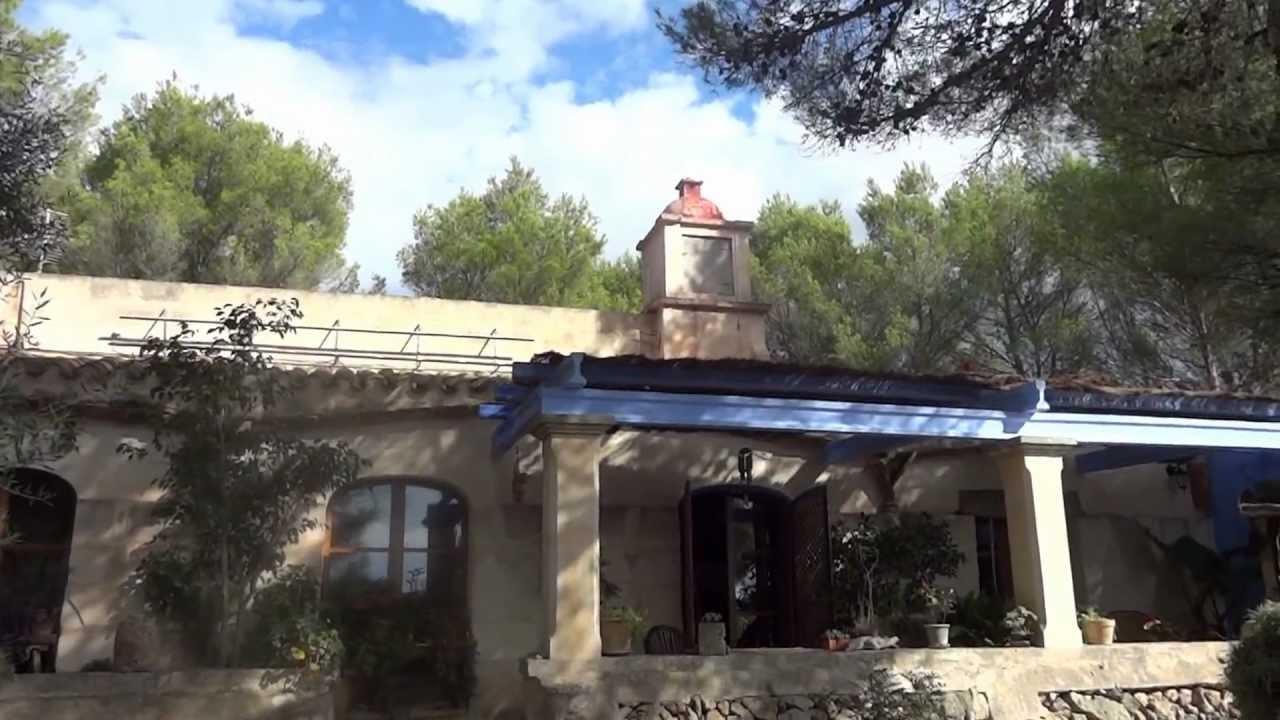 Menorca casa de campo en pleno bosque en alaior youtube - Casas en menorca ...