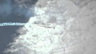 видео авиашоу(http://petrovai.ru/смотрите авиашоу видео 2010 в Архангельскеhttp://petrovai.ru/, 2011-06-12T18:09:23.000Z)