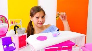 Video Barbie havuz başında doğum günü parti yapıyor download MP3, 3GP, MP4, WEBM, AVI, FLV Desember 2017