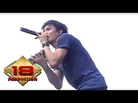 Peterpan - Menghapus Jejakmu  (Live Konser Mataram 4 November 2007)