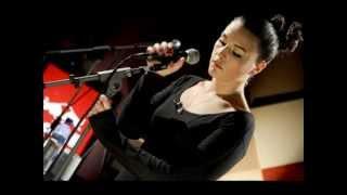 Jessie Ware - Night Light