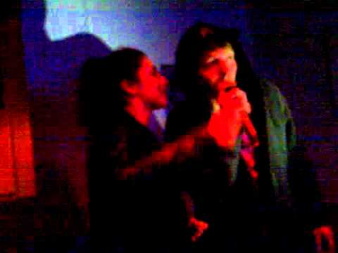 "Val, Issy and Rupert Karaoke ""summer nights"""