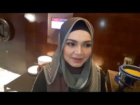 Wafa Bertanyakan Rahsia Siti Nurhaliza Tetap Meletop Walaupun Dah Bergelar Ibu!....23 Mei 2018.