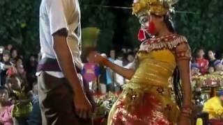 DAHSYAT !!!!!!!!  JOGED BUMBUNG TERBARU (BALI HOT)