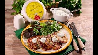 Оладьи из кабачка с сыром и зеленым горошком