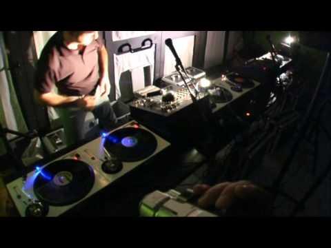 6 Technics 1200 for Axel d.j. The Magician of Vinyl