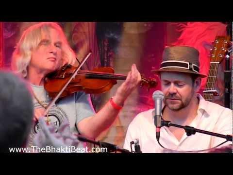 Dave Stringer Kali Durge @ Bhakti Fest Midwest 2012