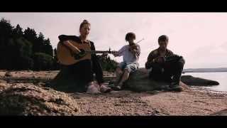 "On the shores of KnockanStockan - Juhn Echo - ""Rain"""