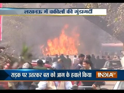 Lucknow: Lawyers on Rampage after Advocate's Murder, Torch Vehicles