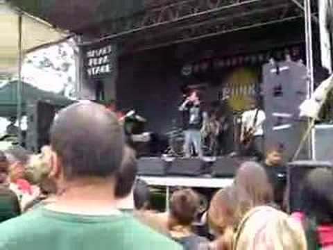 warped tour 07 montreal - a static lullaby mp3