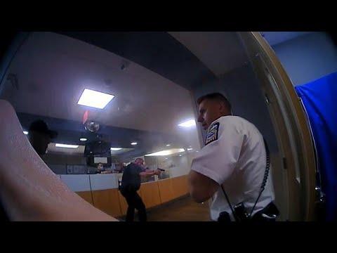 شاهد: الشرطة تطلق النار على رجل في قاعة الطوارىء بمستشفي كولومبوس الأمريكي…  - نشر قبل 2 ساعة