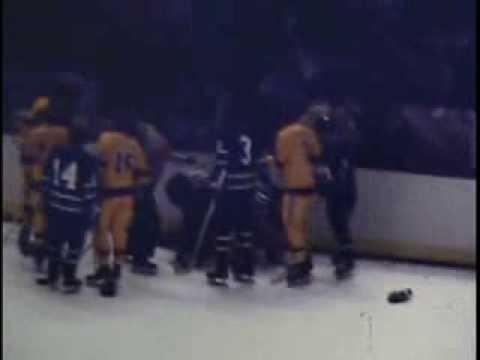 1974 Los Angeles Kings Score 11 Goals vs Canucks