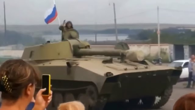 Ukraine War - Tanks with Russian flag near Donetsk Ukraine