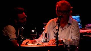 Vi sidder bare her - Regnvejr (Live in Copenhagen, September 14th, 2010)