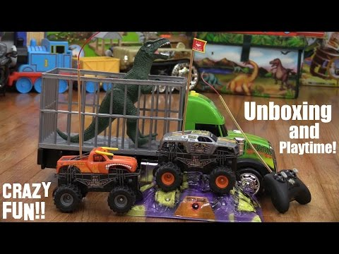Remote Control Monster Jam Truck MAX D and a T-Rex Dinosaur Toy Unboxing and Playtime