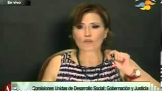 'Agarrón' entre Rosario Robles y Fernando Yunes en el Senado