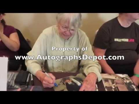 """""""Nurse Ratched"""" actress Louise Fletcher signing autographs in NYC"""
