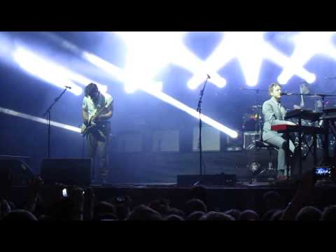 Two Door Cinema Club - Beacon (Live at Moscow, 30/05/2013)