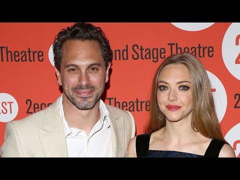 Amanda Seyfried Is Dating Her 'Last Word' Co-Star Thomas Sadoski