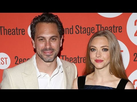 Amanda Seyfried Is Dating Her Last Word Co-Star Thomas Sadoski